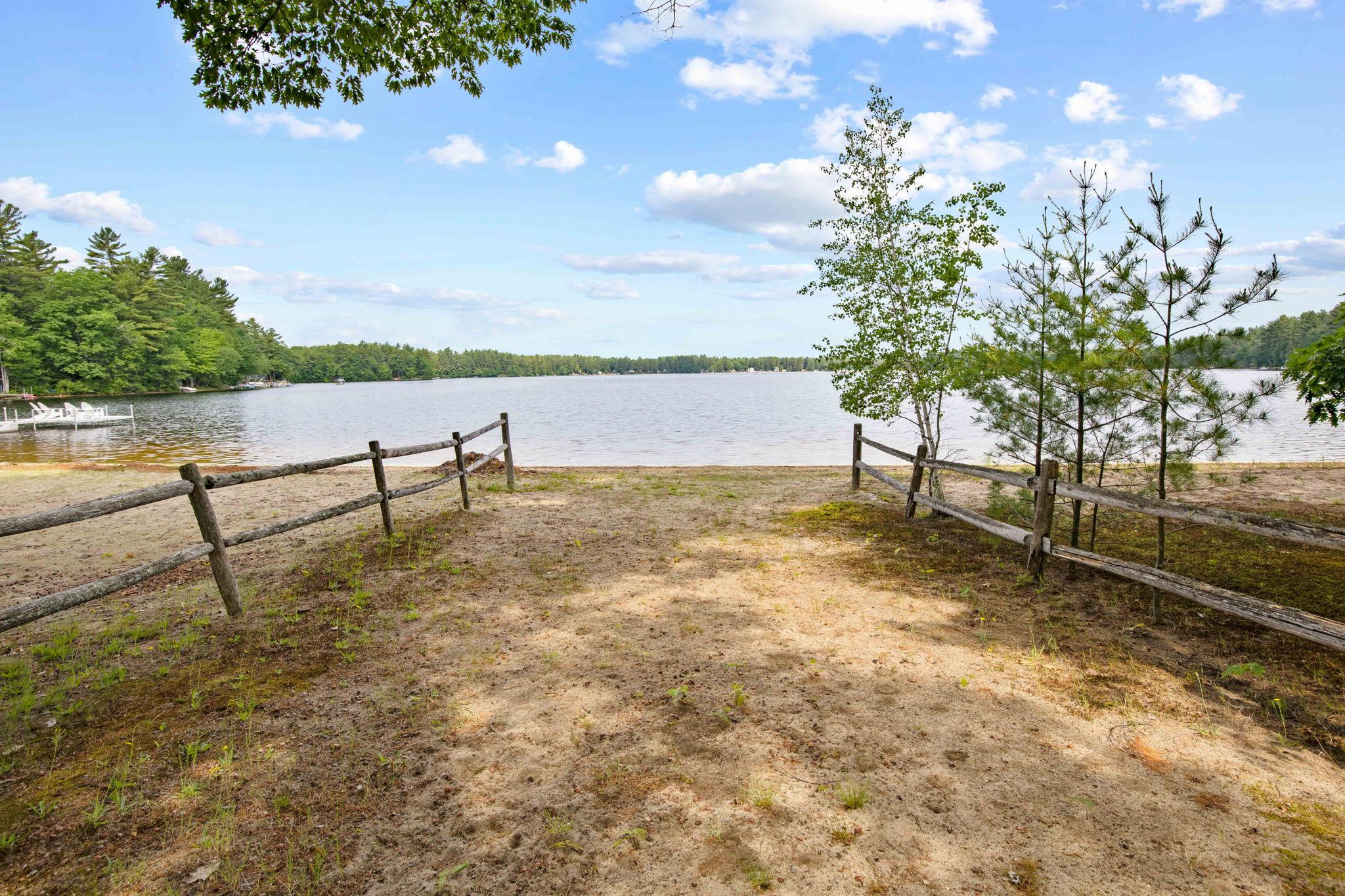 Pond ROW 1