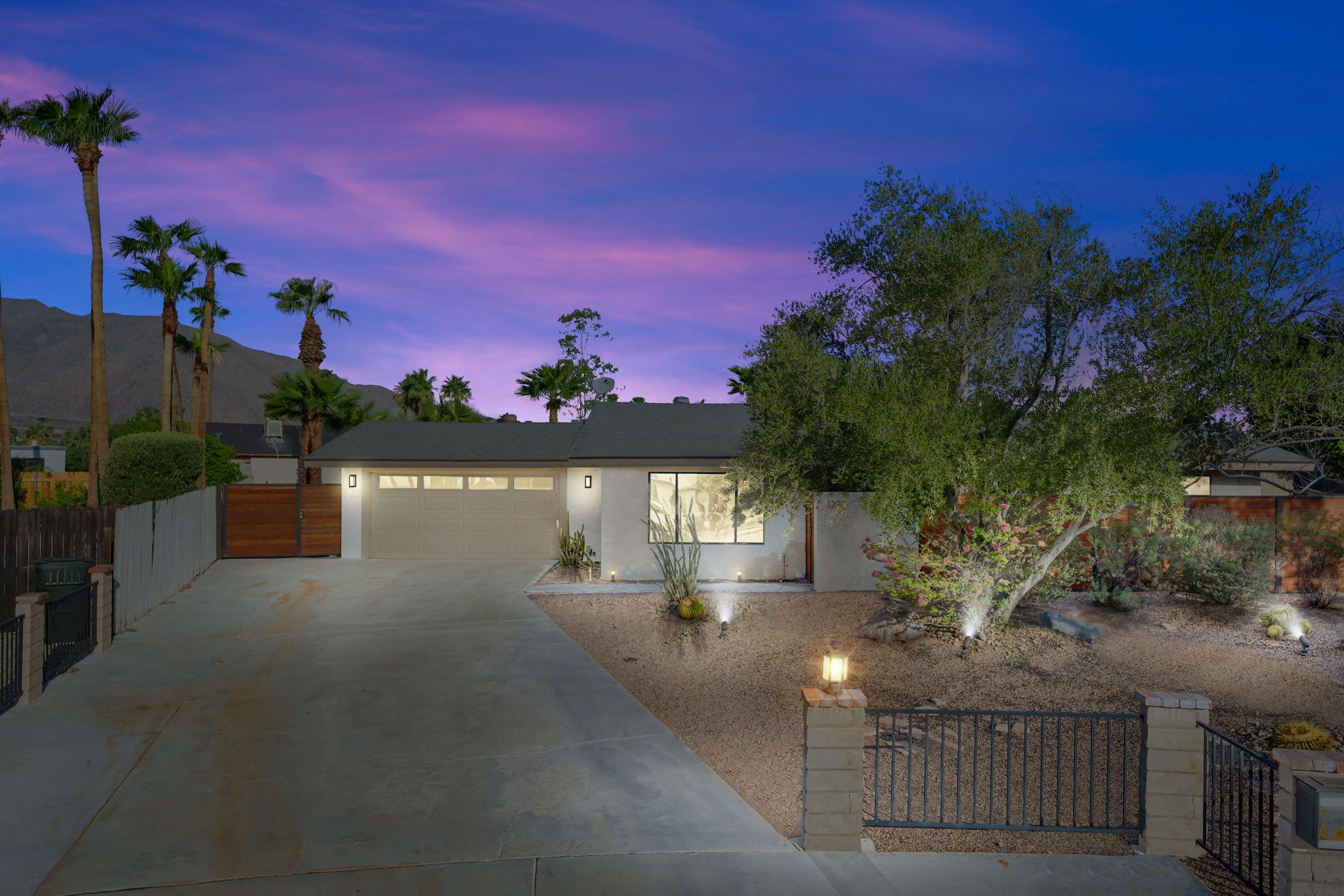 1232 E Delgado Rd, Palm Springs, CA 92262, USA Photo 1