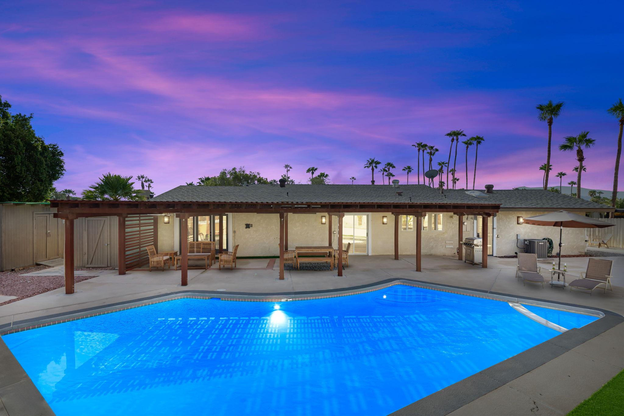 1232 E Delgado Rd, Palm Springs, CA 92262, USA Photo 2