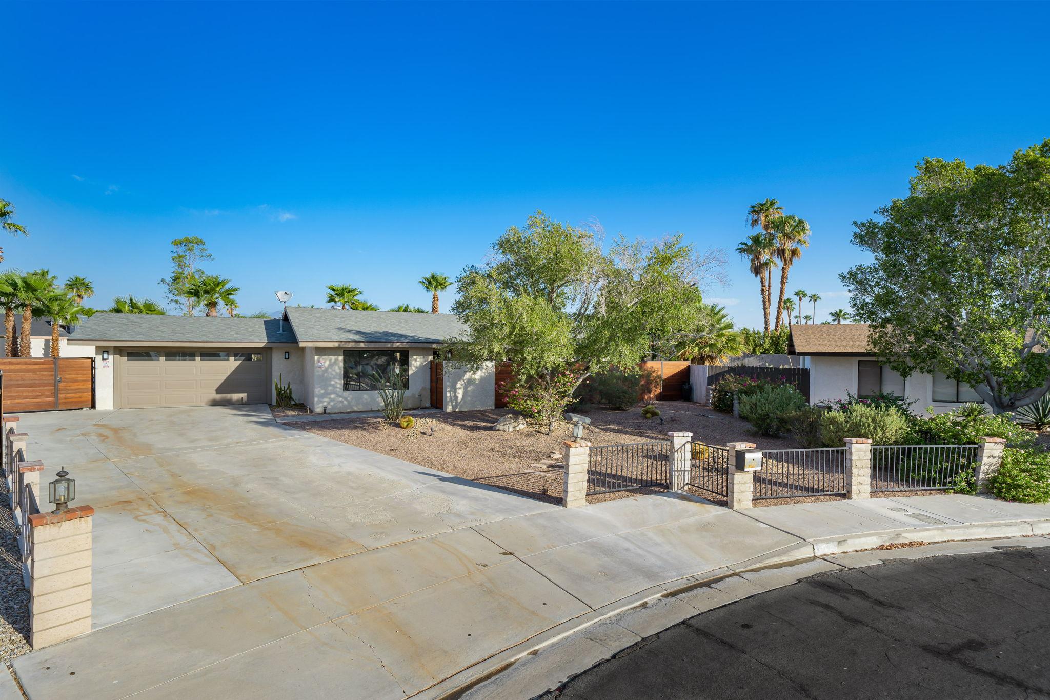 1232 E Delgado Rd, Palm Springs, CA 92262, USA Photo 5