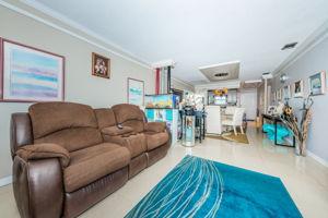 Living Room4-4
