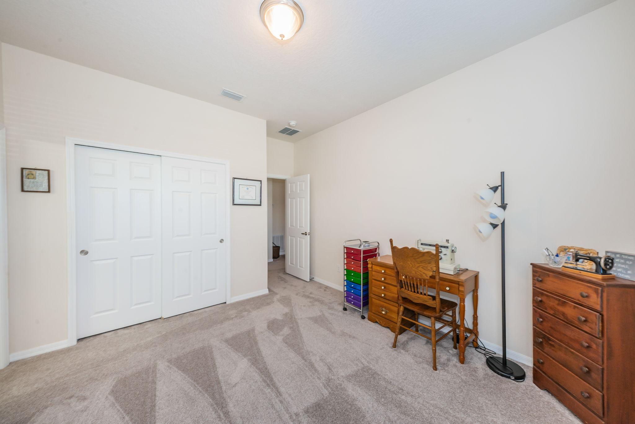Upper Level Bedroom1b