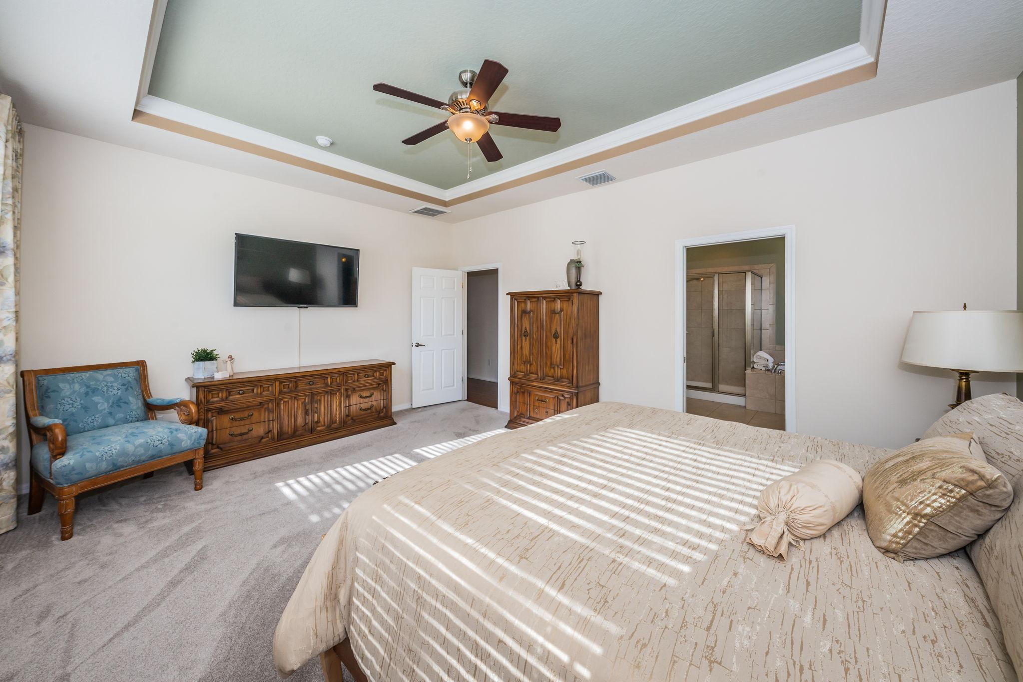 First Floor Master Bedroom1c