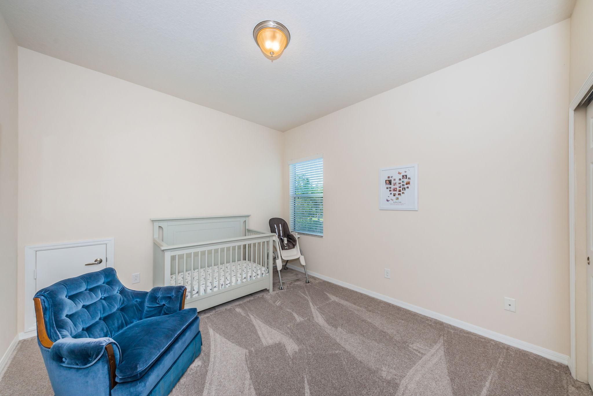 Upper Level Bedroom11