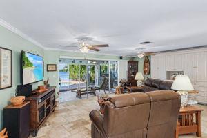11891 Island Ave, Matlacha, FL 33993, USA Photo 5
