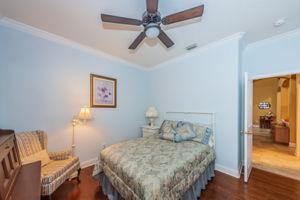 Guest Bedroom2b