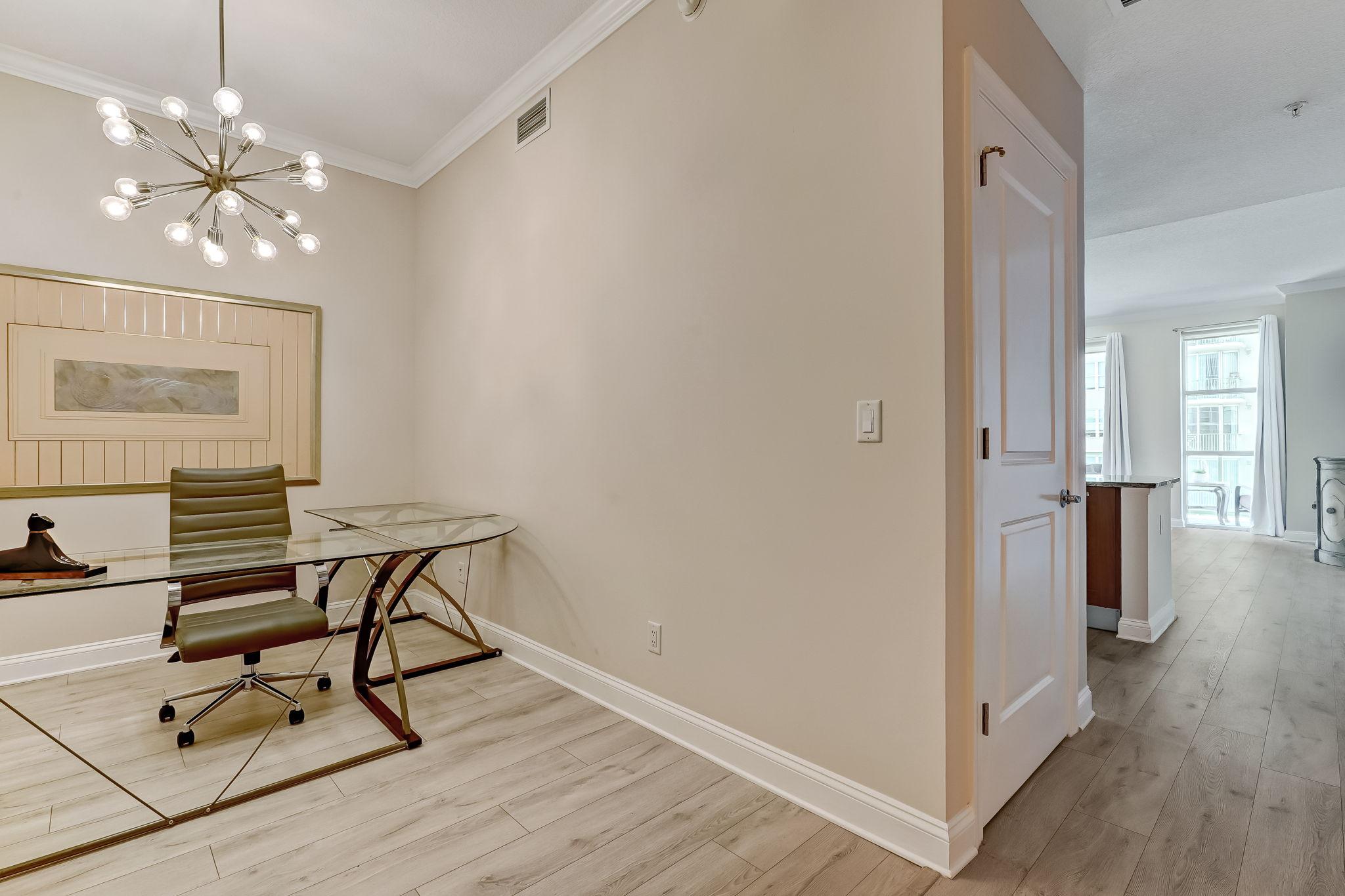 Foyer/Office