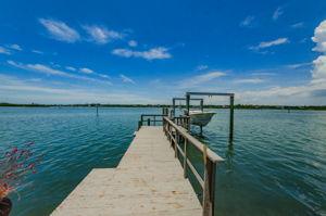 Dock 1