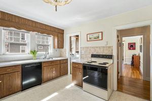 75 Clewley Rd, Medford, MA 02155, US Photo 4