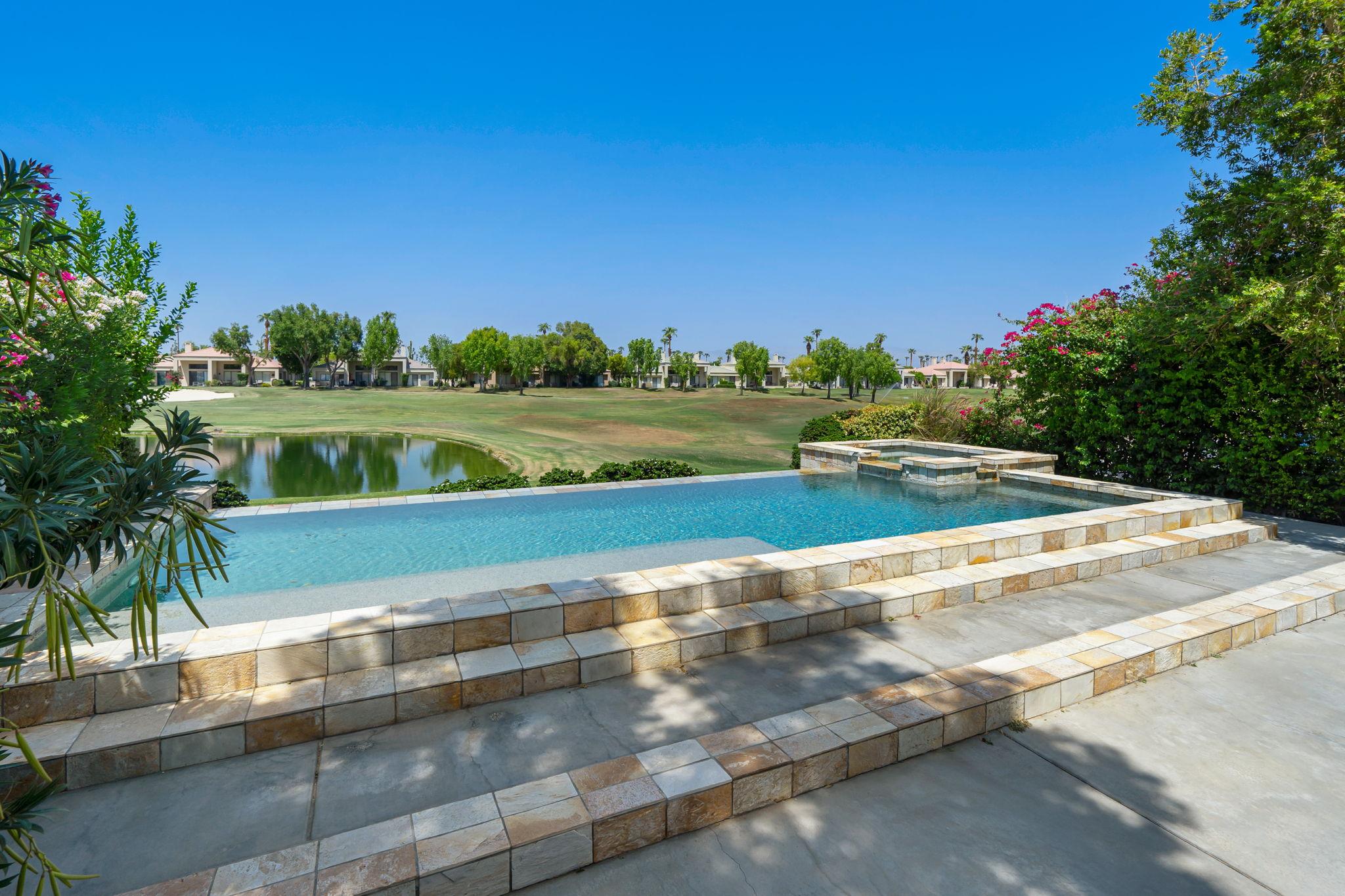 54562 Tanglewood, La Quinta, CA 92253, USA Photo 32