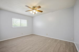 2630 Kingswell Ave, San Antonio, TX 78251, USA Photo 25