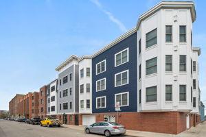360 W 2nd St Unit 13, Boston, MA 02127, US Photo 17