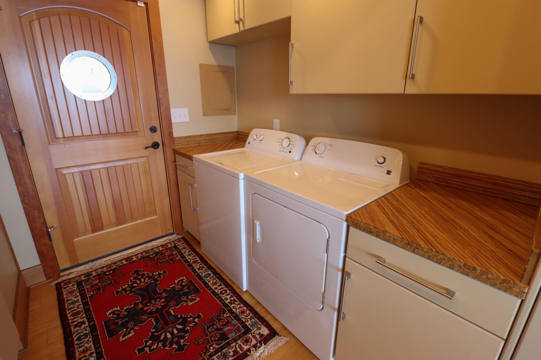 Washer Dryer with Front Door