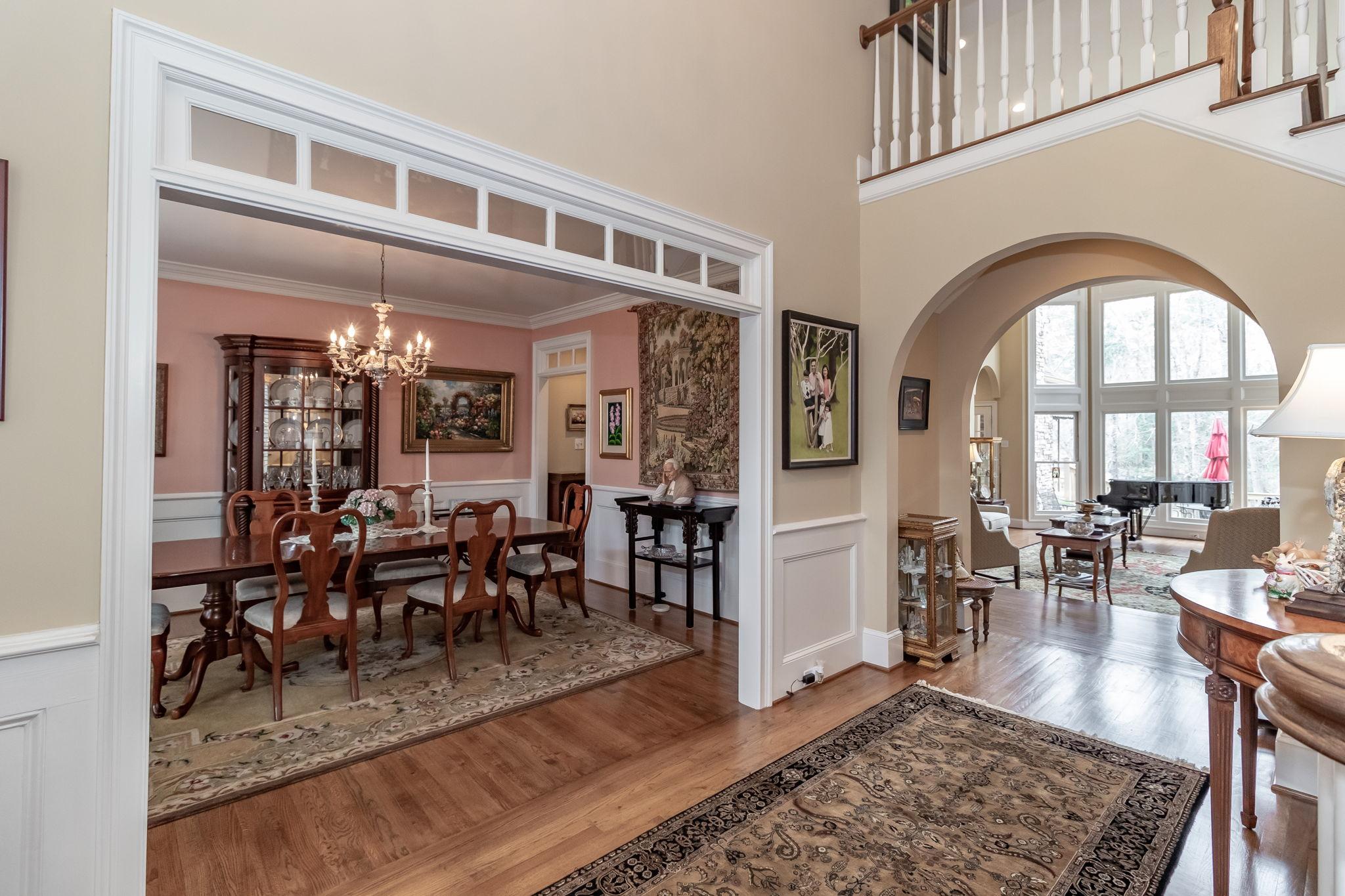 Entryway - Dining Room