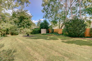 470 Silver Ln, East Hartford, CT 06118, USA Photo 6