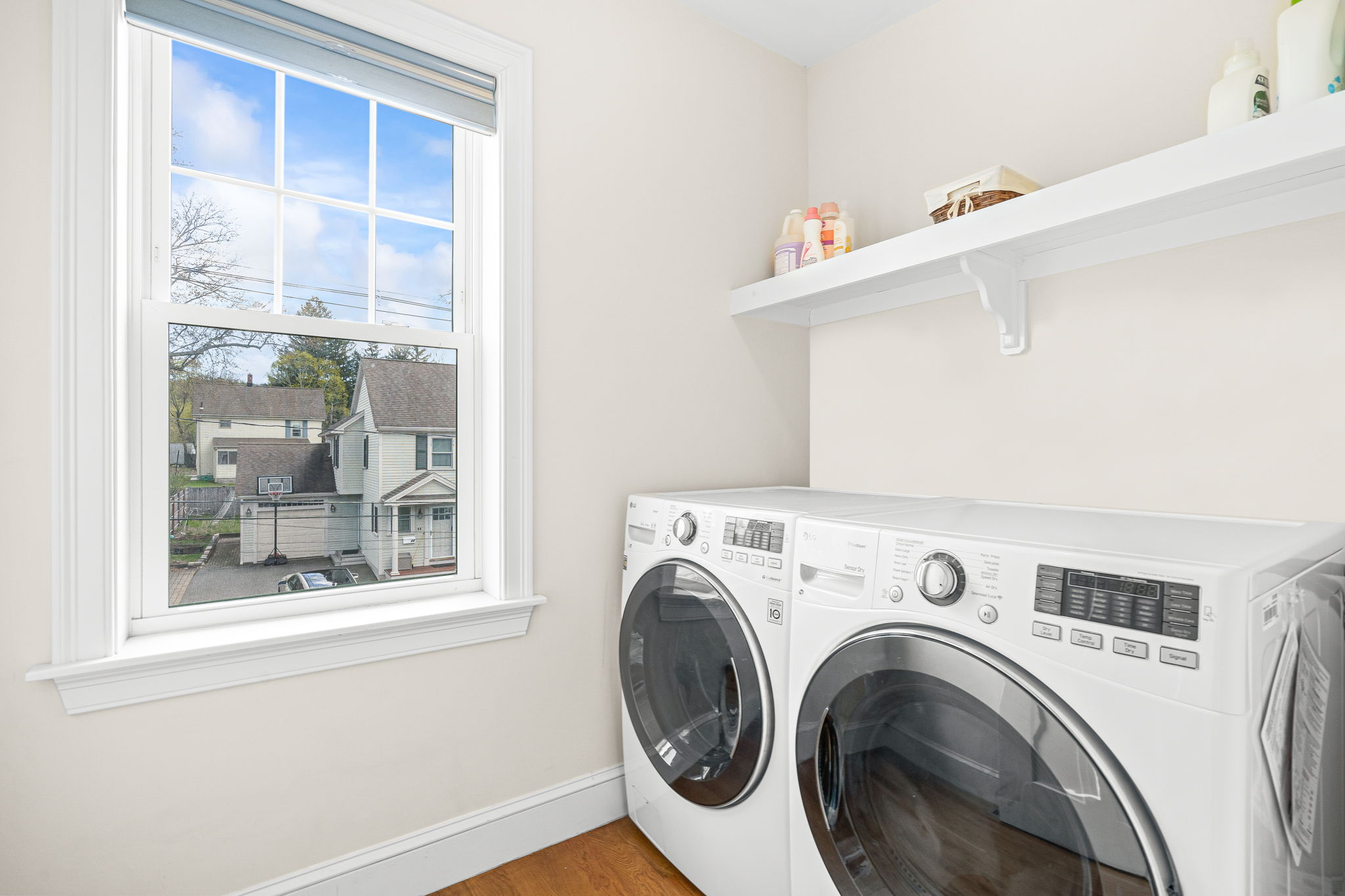 41 Holland St, Winchester, MA 01890, US Photo 17