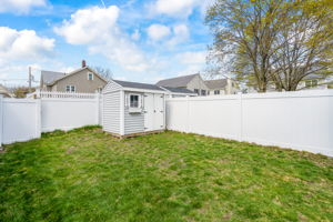 41 Holland St, Winchester, MA 01890, US Photo 4