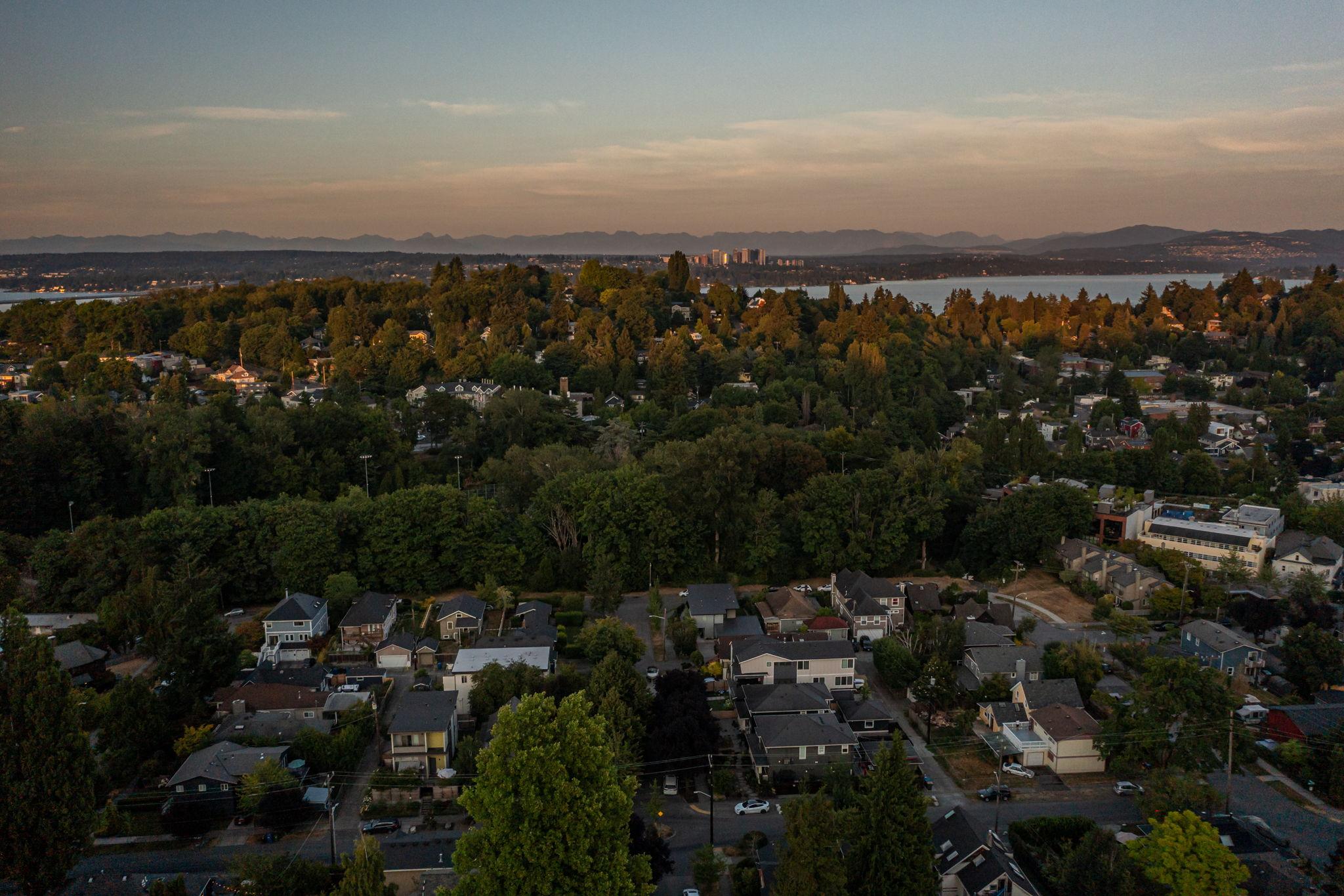 2612 E Valley St, Seattle, WA 98112, USA Photo 148