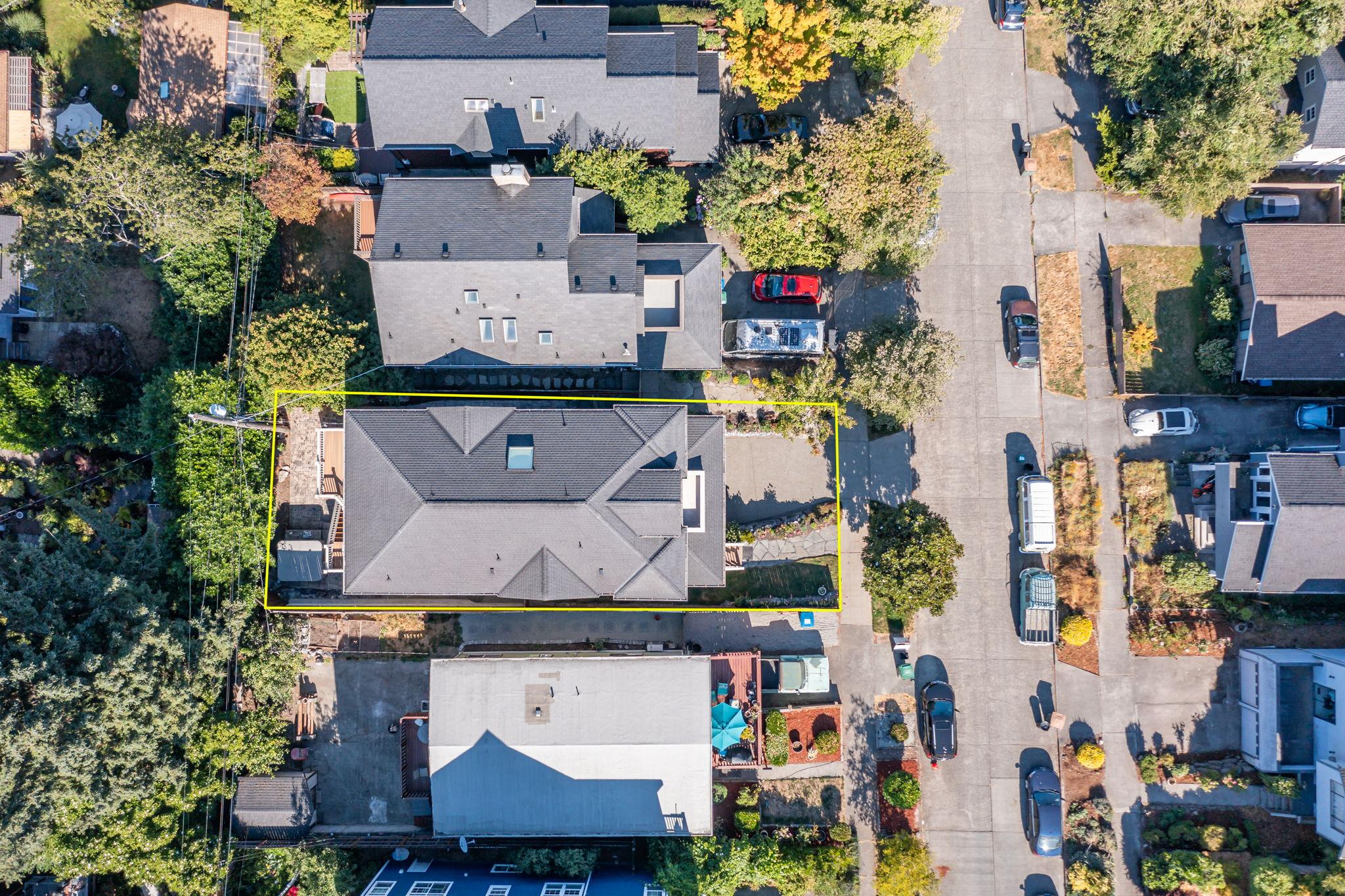 2612 E Valley St, Seattle, WA 98112, USA Photo 161