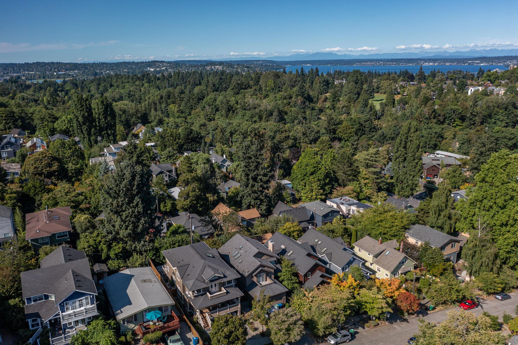 2612 E Valley St, Seattle, WA 98112, USA Photo 149