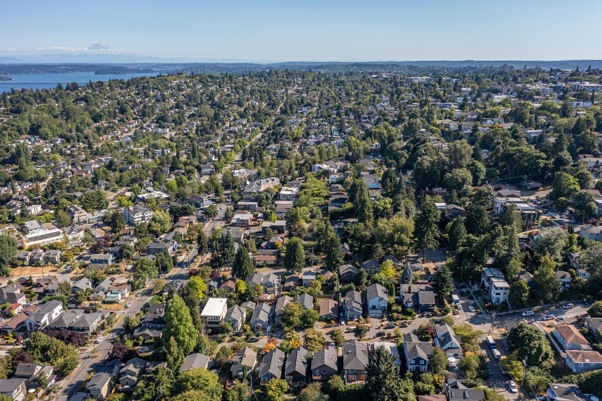 2612 E Valley St, Seattle, WA 98112, USA Photo 156