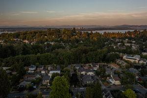 2612 E Valley St, Seattle, WA 98112, USA Photo 147