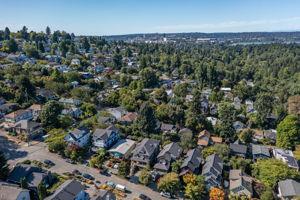 2612 E Valley St, Seattle, WA 98112, USA Photo 151