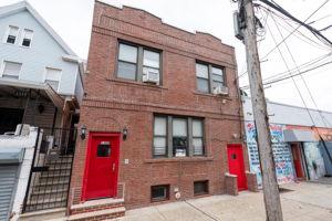 1308 Thieriot Ave, Bronx, NY 10472, USA Photo 4