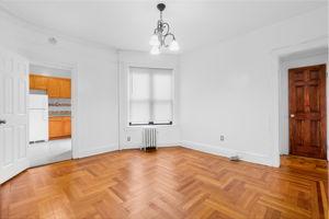 1308 Thieriot Ave, Bronx, NY 10472, USA Photo 58