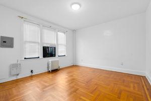 1308 Thieriot Ave, Bronx, NY 10472, USA Photo 63