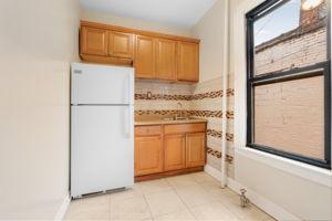 1308 Thieriot Ave, Bronx, NY 10472, USA Photo 60