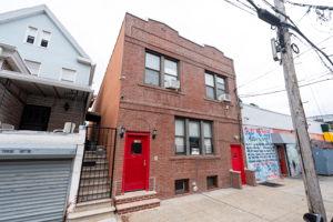 1308 Thieriot Ave, Bronx, NY 10472, USA Photo 0