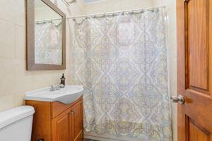 1308 Thieriot Ave, Bronx, NY 10472, USA Photo 31