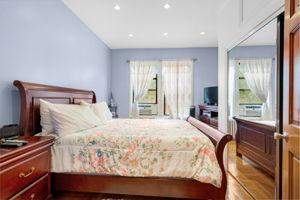 1308 Thieriot Ave, Bronx, NY 10472, USA Photo 30