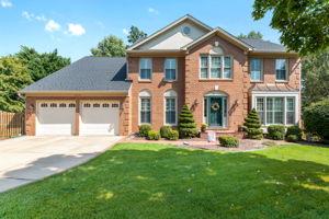 14220 Pony Hill Ct, Centreville, VA 20121, USA Photo 1