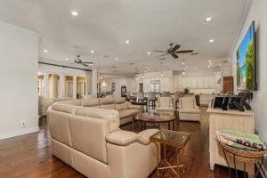 5430 Brandy Cir, Fort Myers, FL 33919, USA Photo 11