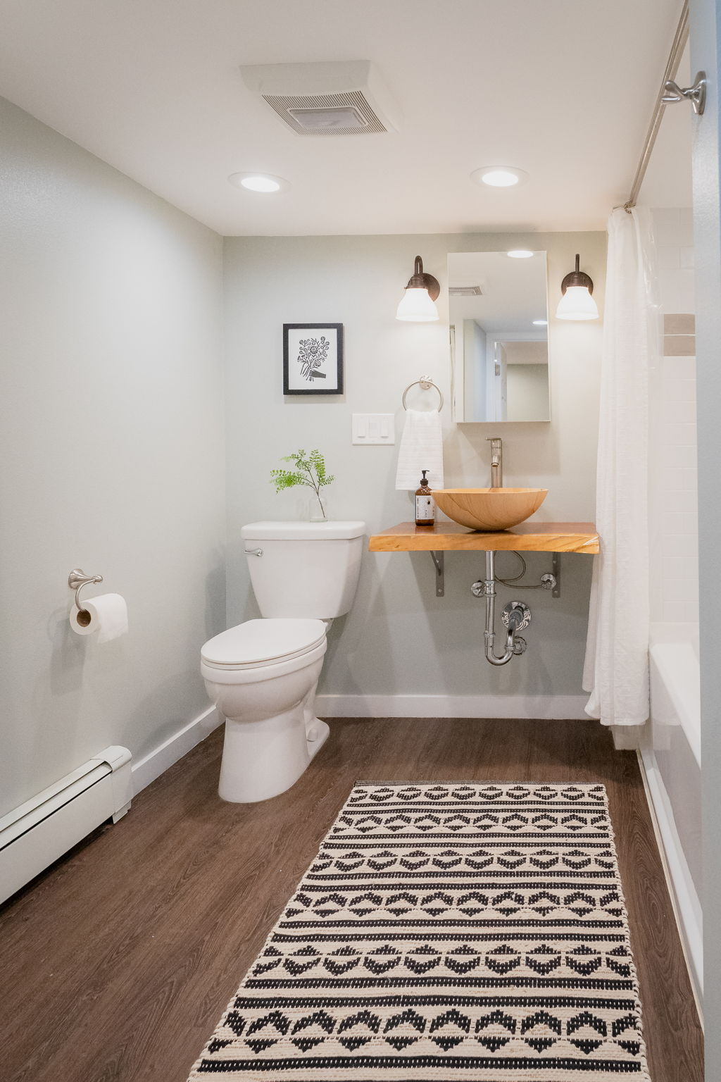 Ensuite access to Full remodeled bathroom on 1st Floor