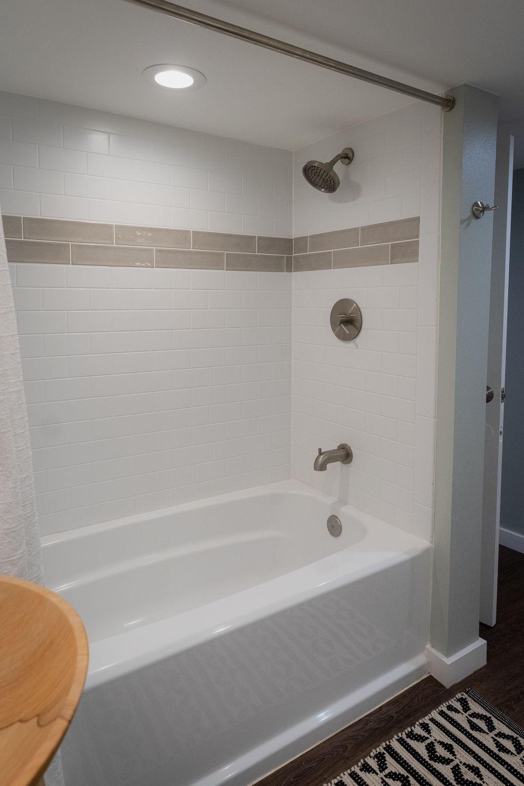 Beautiful bathroom on 1st floor