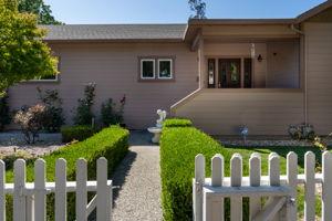 50 Knudtsen Rd, Petaluma, CA 94952, USA Photo 3