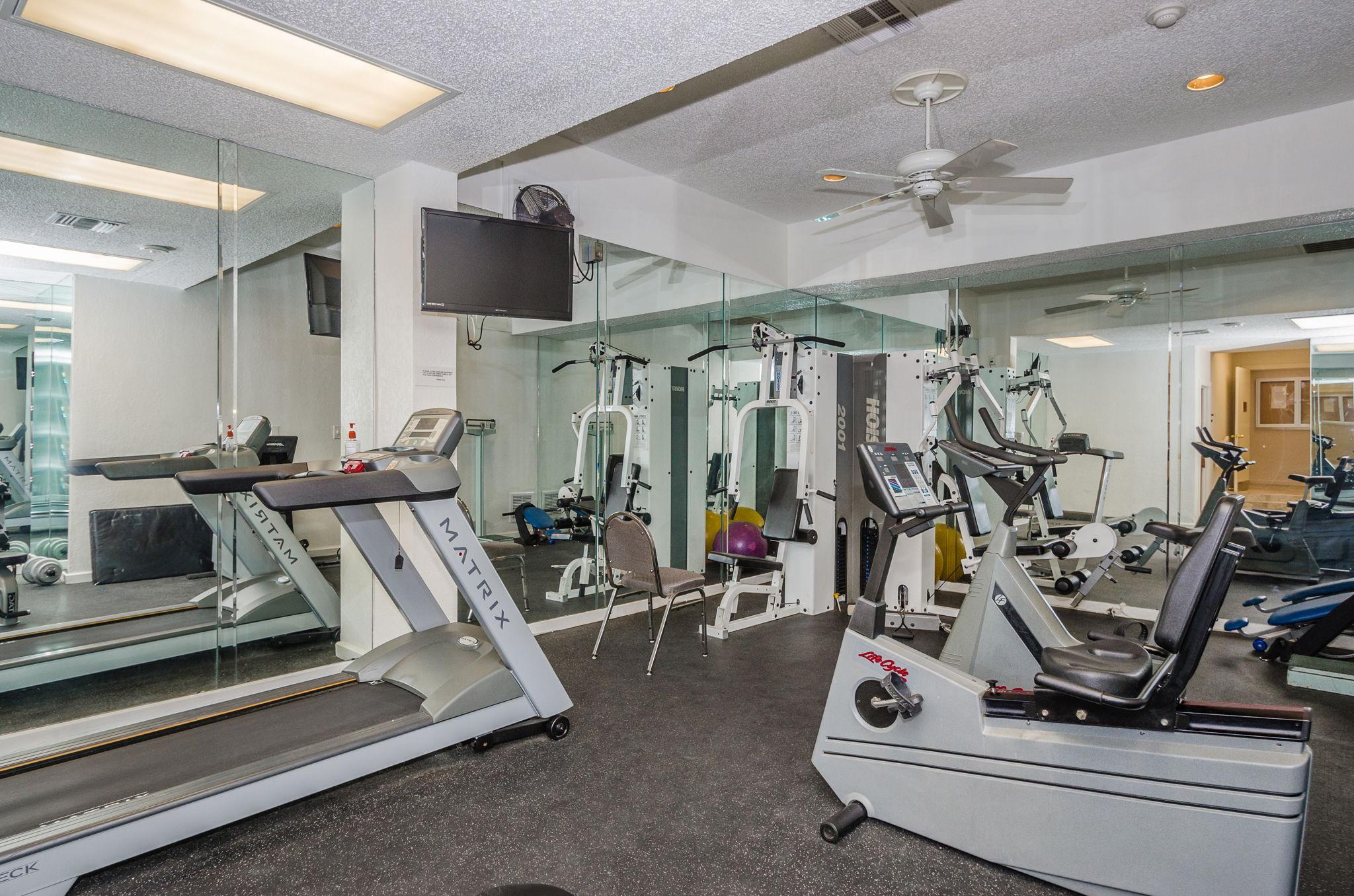 7-Sand  Key Club Beach Exercise Room