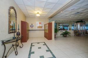 5-Sand  Key Club Lobby