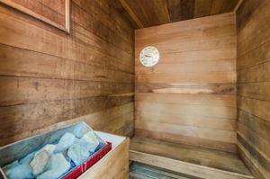 8-Sand  Key Club Beach Sauna