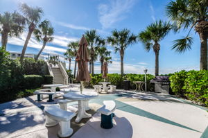 34-Sand  Key Club Grilling Area