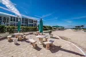 21-Sand  Key Club Patio