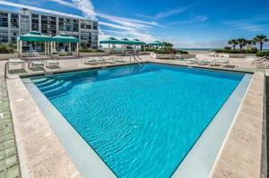 11-Sand  Key Club Pool