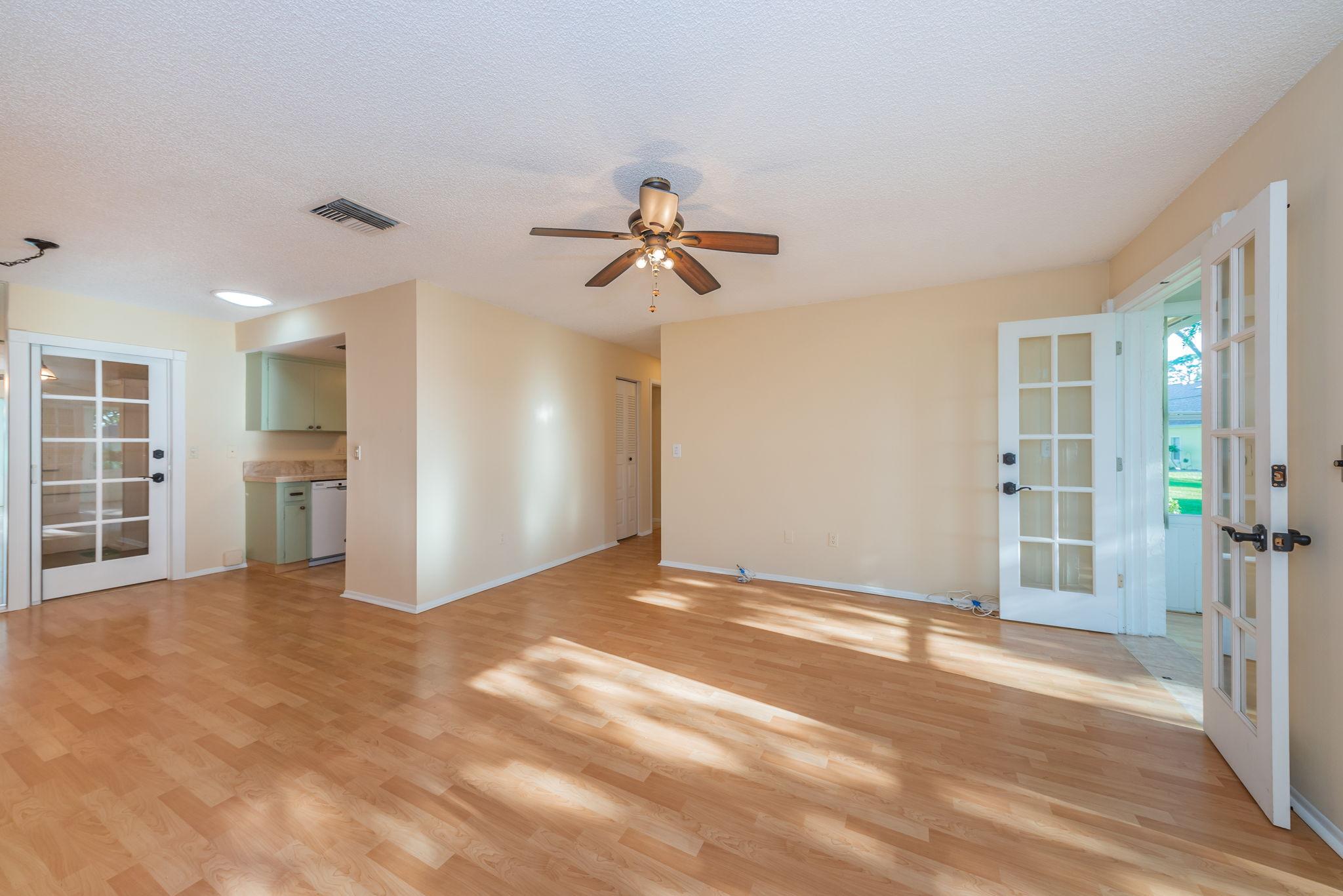 Living Room3-3
