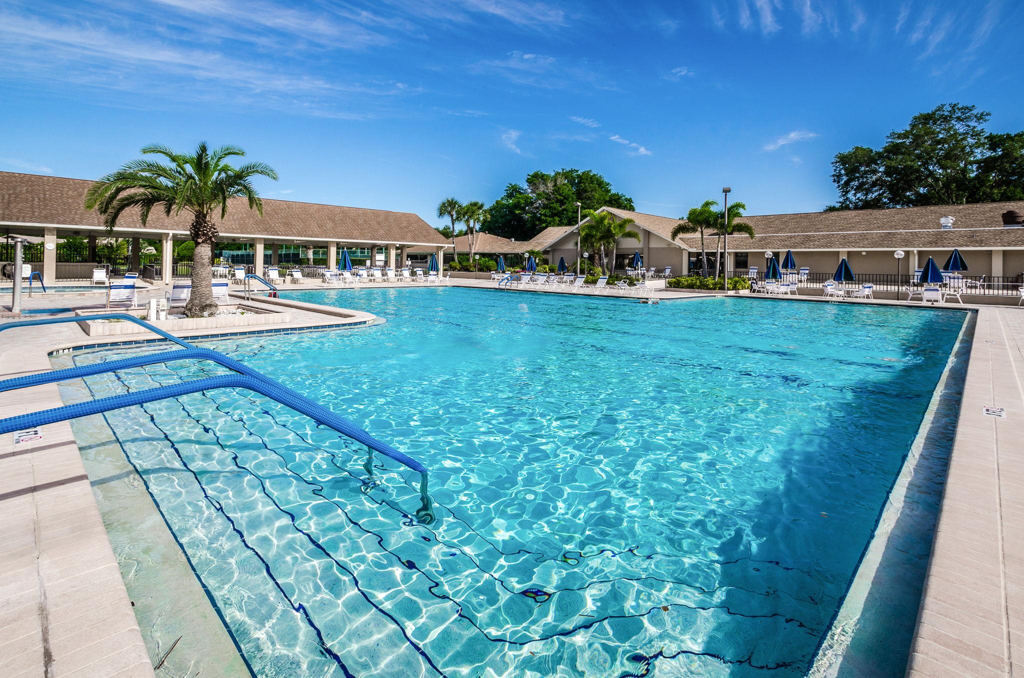 4-Highland Lakes Pool