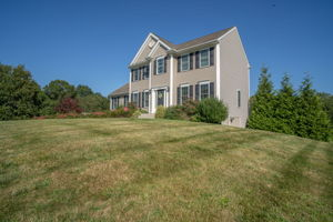 2683 Courtlyn Rd, Dighton, MA 02715, USA Photo 2