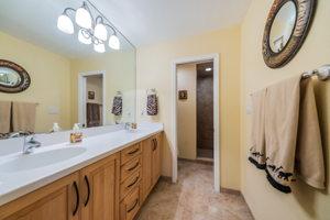 Master Bathroom1a