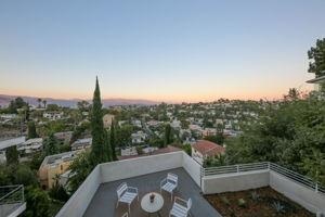 2406 Lyric Ave, Los Angeles, CA 90027, USA Photo 23